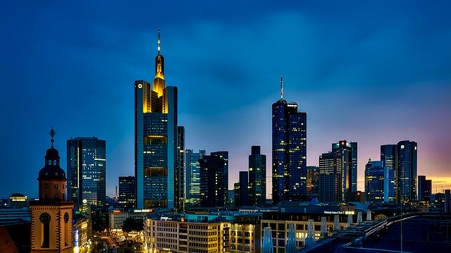 Polacy w Niemczech i różne widoki na pracę
